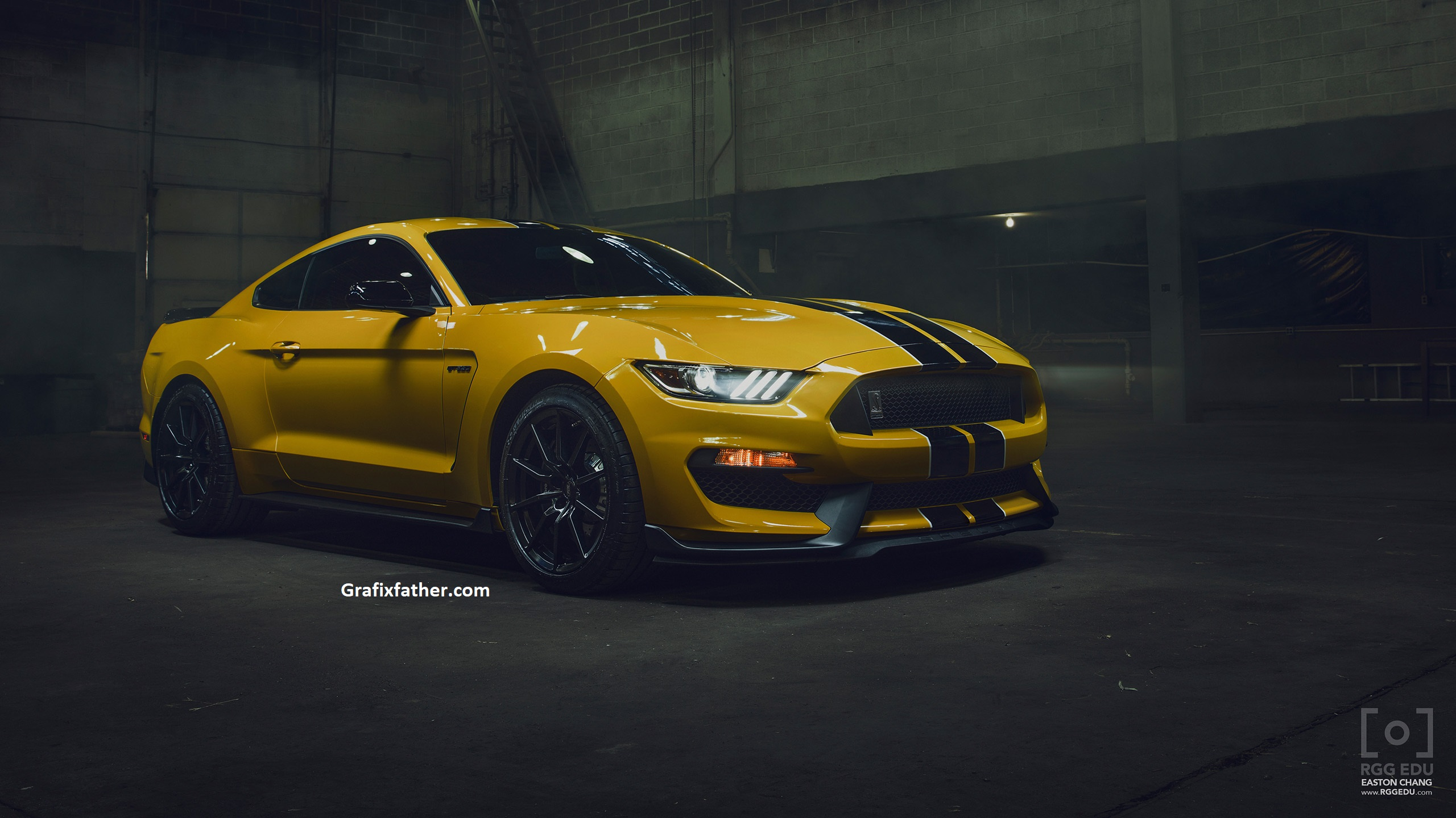 Car Photography & Retouching with Easton Chang